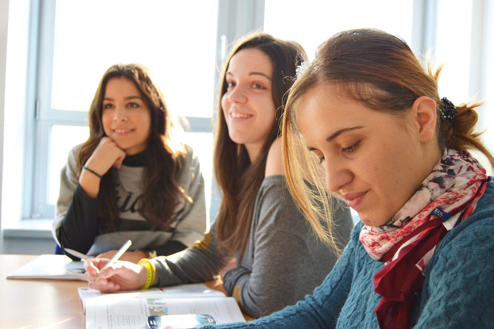 Aprende inglés, el idioma de las comunicaciones internacionales