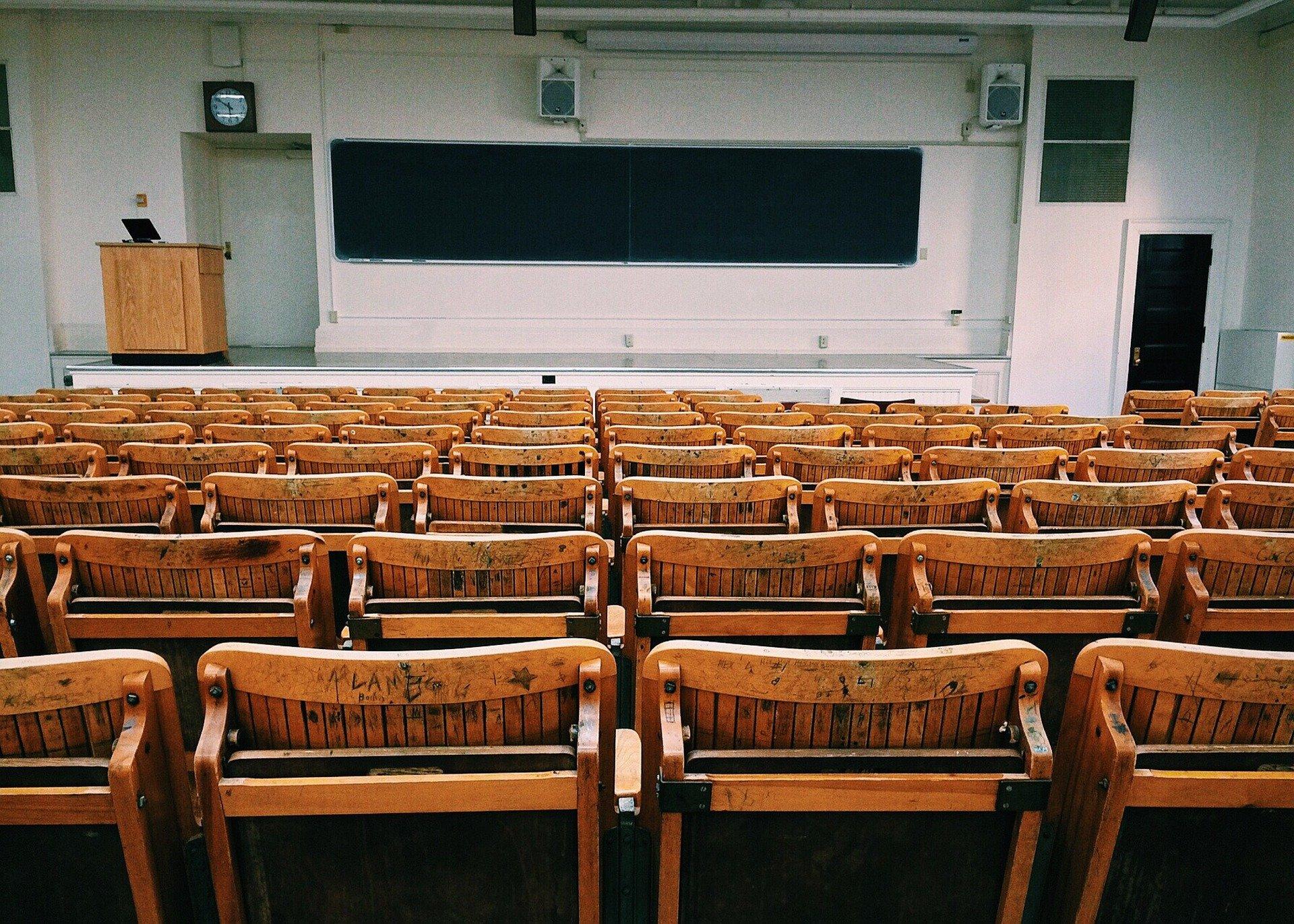 Aprender inglés en Houston puede transformar tu futuro académico