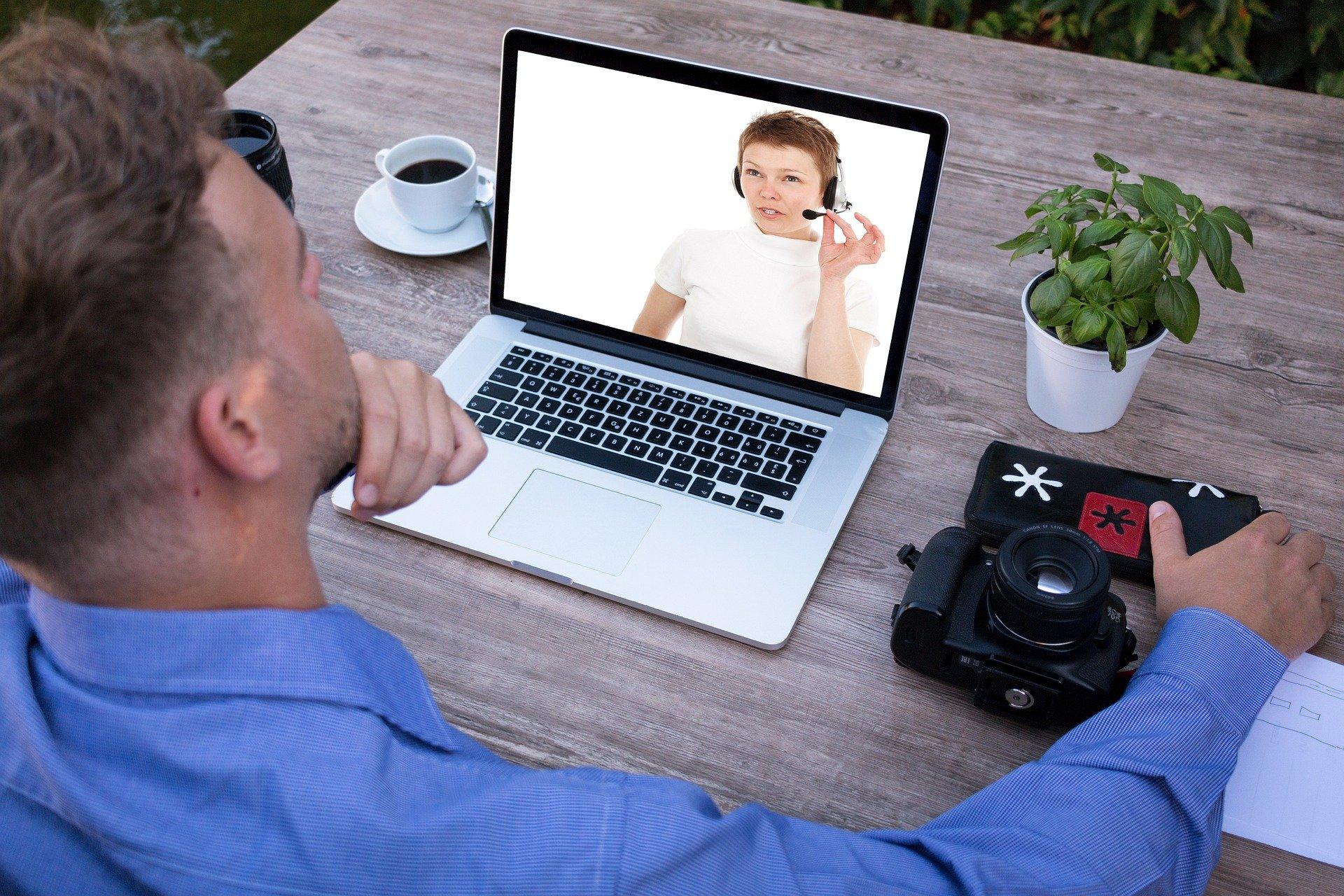 Clases de inglés presenciales o virtuales, ¿cuál es la mejor opción?